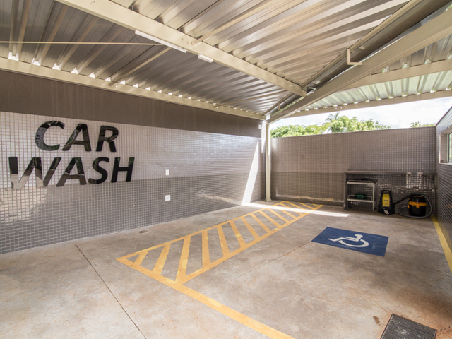 Car Wash (perspectiva)